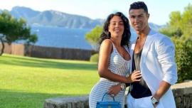 Cristiano Ronaldo tuvo que mudarse de su nueva mansión en menos de una semana por una molestia