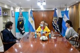 La Gobernadora recibió al CEO del grupo Benetton quien presentó un plan de inversiones