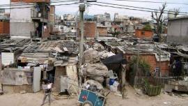 INDEC informó que el índice de pobreza se ubicó en el 40,6% en el primer semestre del año