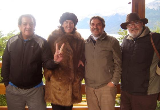 La delegada diplomática del Pais Vasco, Sara Pagola, con referentes locales.