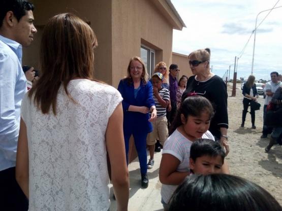 Entregaron viviendas en Jaramillo
