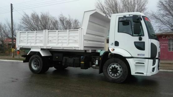 Nuevo camión para la comisión de fomento de Jaramillo – Fitz Roy