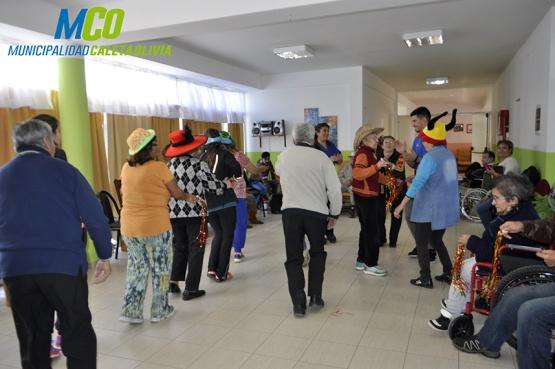 Abuelos truncadenses disfrutaron con los residentes del Hogar de Ancianos