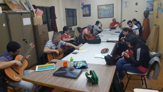 TALLERES DE ARTE EN LA BIBLIOTECA FLORA RODRIGUEZ DE LOFREDO BARRIOJORGE NEWBERY